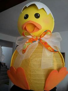Easy Crafts For Kids, Diy Arts And Crafts, Art For Kids, Baby Shower Duck, Baby Shower Themes, Easter Projects, Easter Crafts, Rubber Ducky Birthday, Easter Activities