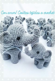 Souvenirs tejidos a crochet elefantes para festejar nacimiento bautismo.