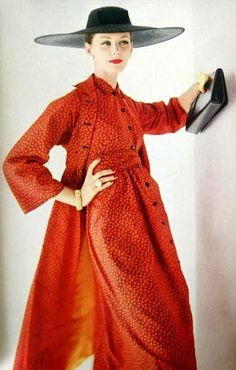 Coat and dress by Claire McCardell, photo Karen Radkai for Vogue May 1956 Moda Retro, Moda Vintage, Vintage Vogue, Vintage Glamour, Vintage Beauty, 50s Vintage, Vintage Style, Vestidos Vintage, Vintage Dresses