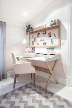 Modern DIY Computer Desk Ideas for Your Home Office – Home Office Design Diy Small Room Desk, Small Office Desk, Pink Office, Mesa Home Office, Home Office Desks, Diy Computer Desk, Furniture Design, Bedroom Decor, Decoration