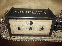 Primitive Crackle Wood Bread Box Simplify Black Stars ~ Country Kitchen Decor