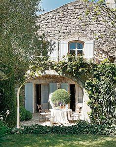 dustjacketattic:  stone villa | provence