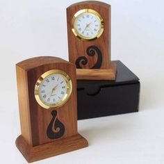 Gorgeous little NZ rimu clocks handcrafted in NZ by a master craftsman.