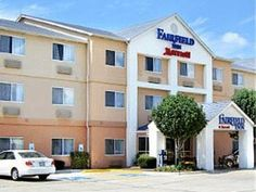 Victoria (TX) Fairfield Inn & Suites Victoria United States, North America Set in a prime location of Victoria (TX), Fairfield Inn & Suites Victoria puts everything the city has to offer just outside your doorstep. The hotel offers a high standard of service and amenities to suit the individual needs of all travelers. Free Wi-Fi in all rooms, 24-hour front desk, express check-in/check-out, family room, elevator are on the list of things guests can enjoy. Comfortable guestrooms...