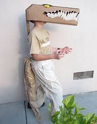 51 DIY Halloween costumes to make for yourself or your kids this year! DIY Halloween costumes are so much more fun than buying one in. Halloween Costumes To Make, Homemade Costumes, Cool Costumes, Halloween Kids, Halloween Party, Costume Ideas, Halloween Makeup, Dinosaur Halloween, Halloween Clothes