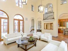 Gorgeous spacious living room