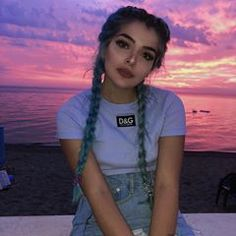 Image shared by Find images and videos about style, hair and pink on We Heart It - the app to get lost in what you love. Aesthetic People, Aesthetic Girl, Pelo Color Gris, Cute Hairstyles, Braided Hairstyles, Peinados Pin Up, Cecile, Dye My Hair, Girl Inspiration