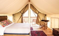 SEVEN HIGH-END CAMPSITES WITHIN A STONE'S THROW OF NYC | Your king-sized bed in the forest awaits