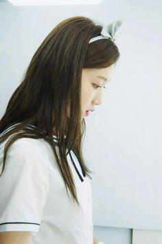 Lee sung kyung shared by anna meng on We Heart It Korean Actresses, Actors & Actresses, Lee Sung Kyung Doctors, Weightlifting Fairy Kim Bok Joo, Hair And Makeup Tips, Joo Hyuk, Lee Jong, Girls World, Korean Celebrities