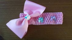 Check out this item in my Etsy shop https://www.etsy.com/listing/227119777/bubblegum-pink-bow-headband-3-6mo