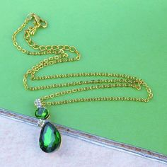 Green Austrian Crystal Pendant 14k Gold Filled Necklace NEW