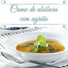 Vamos combinar que nesse friozinho não dá muita vontade de comer salada crua não é? Nesse caso as sopas podem ser uma boa opção para se alimentar bem e aquecer o corpo nos dias mais frios! Tá aí uma das minhas receitas preferidas de sopas/cremes! Ingredientes: 2 colheres (sopa) de azeite de oliva 2 colheres (chá) de alho picado 2 colheres (sopa) de cebolinha (ou salsinha) picada 2 xícaras (chá) de abóbora em cubos de 2 cm 3 xícaras (chá) de água mineral 2 xícaras (chá) de agrião picados com…