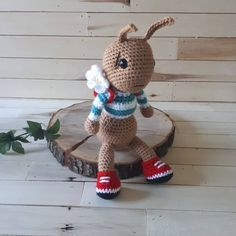 Ants go marching one by one....then they sit and take a rest #mamascreations #crochet #crochetaddict #crochetdoll #doll #instadoll #madebyhand #handmade #handmadehamilton #hamont #shoplocal #cute #love #amigurumiaddict #amigurumi #ant #antsgomarching #ants
