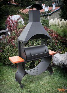Diy Grill, Grill Oven, Barbecue Smoker, Barbecue Area, Wheelbarrow Planter, Outdoor Oven, Smoke Grill, Grill Design, Rocket Stoves
