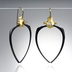 Quadrum - Gabriella Kiss racoon rib earrings