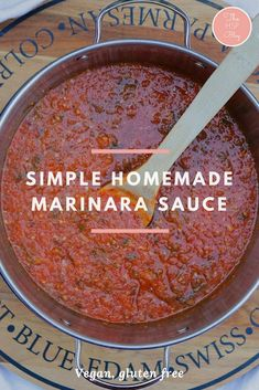 This sauce is gluten free and vegan. It is perfe… Simple homemade marinara sauce. This sauce is gluten free and vegan. It is perfect for weeknight meals and makes great leftovers for lunches. Marinara Sauce Recipe Using Fresh Tomatoes, Canning Marinara Sauce, Best Marinara Sauce, Recipe For Fresh Tomatoes, Pizza Marinara Recipe, Fresh Tomato Recipes, Gluten Free Spaghetti Sauce, Homemade Spaghetti Sauce, Sauces