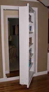 Resultado de imagen de puertas secretas en casa
