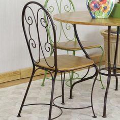 A Cadeira Tetéia com base produzida em ferro, elas são um charme para cozinhas, salas de jantar e especialmente varandas. #cadeira #chair #kitchen #cozinha #moveis #decoração #design #decoratingideas #enjoymid