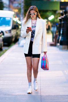 7 ways to wear biker shorts like celebrities, Atoir jumpsuit worn 7 ways like Gigi, bella hadid, Kim Kardashian. Casual Shorts Outfit, Blazer And Shorts, Blazer Outfits, Short Shorts, Clueless, Laura Lee, Latest Outfits, Fashion Outfits, Fashion Trends