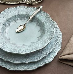 Arte Italica Merletto Aqua Dinnerware (The pattern is inspired by handmade, antique Italian lace that is hand-pressed into the ceramic prior to the application of the glaze.) now i just need an actual use for formal dinnerware. Vintage Dishes, Vintage China, Turquoise, Aqua, Tables Tableaux, Objets Antiques, Cottage In The Woods, Duck Egg Blue, China Patterns