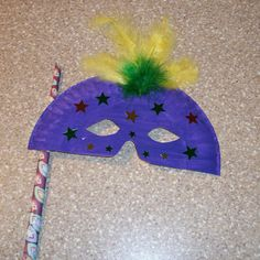 How to Make a Mask using Paper Plates -