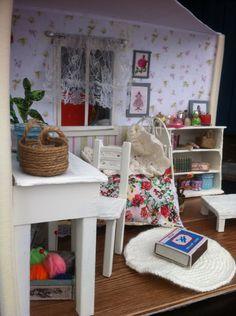 Dollhouse bedroom miniature