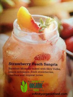This looks SO yummy! Original pin-Strawberry Peach Sangria: White Wine, Vodka, Peach Schnapps, Fruit and Tropical Juices Party Drinks, Cocktail Drinks, Fun Drinks, Cocktail Recipes, Lemonade Cocktail, Margarita Recipes, Refreshing Drinks, Summer Drinks, Summer Sangria