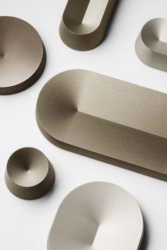 Terkel Skou Steffensen – Metal trays from the Solids collection, 2016 Form Design, Shape Design, Web Design, Design Model, Cool Furniture, Furniture Design, Furniture Outlet, Design Industrial, Metal Trays
