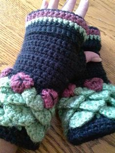 Priscilla Fleece Lined Gloves Elven Collection — Alily Crochet