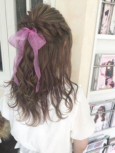 【Euphoria】ガーリー好きにおすすめ リボンハーフアップ Long Hair Styles, Beauty, Hair, Long Hair Hairdos, Cosmetology, Long Hairstyles, Long Haircuts, Long Hair Dos