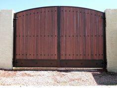 RV Gate Metal Gates, Wooden Gates, Backyard Projects, Backyard Patio, Wooden Gate Designs, Front Gate Design, Stair Railing Design, Custom Gates, Exterior Paint Colors For House