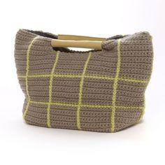 [코바늘가방]가을가방 새로운 디자인 모음!! : 네이버 블로그 Crochet Clutch, Crochet Purses, Tapestry Bag, Tapestry Crochet, Love Crochet, Knit Crochet, Crochet World, Unique Bags, Knitted Bags