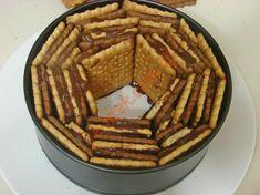 Bisküvili Pasta Tarifi Yapılış Aşaması 8/16 Apple Pie, Waffles, Sweets, Breakfast, Desserts, Food, Cakes, Chocolates, Pizza
