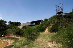 Casa Sawmill por Archier. Fotografía © Ben Hosking. Señala encima de la imagen para verla más grande.