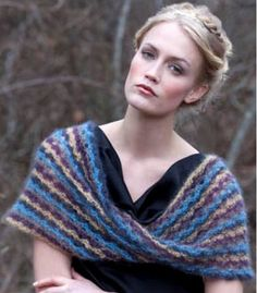 Free Cowl Pattern from S. Charles Collezione on http://iknitty.com