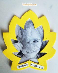 Sonbahar çerçevemiz - Diy and crafts interests Easy Fall Crafts, Easy Arts And Crafts, Fall Crafts For Kids, Crafts To Do, Art For Kids, Paper Crafts, Thanksgiving Signs, Toddler Art, Fun Activities For Kids