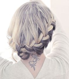 I suck so bad at braiding around my head, but I kind of want to try this. (Photo by Maegan Tintari - Flickr)