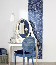 Tapeten-regale-glas-wohnzimmer