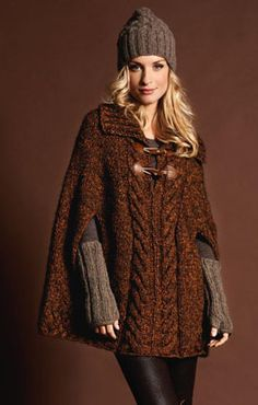 LANA GROSSA's wide range of products offers high-quality knitting, crocheting and felting yarns for the spring/summer as well as fall/winter season. Poncho Knitting Patterns, Crochet Poncho, Dress Sewing Patterns, Knitting Designs, Winter Mode Outfits, Winter Fashion Outfits, Ladies Poncho, Knitted Cape, Sweaters For Women