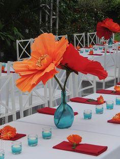 Paper Flower Centerpieces, Wedding Centerpieces, Wedding Table, Wedding Decorations, Table Decorations, Fall Wedding, Wedding Ideas, Church Wedding, Wedding Bouquets