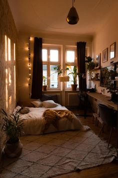 First Apartment Checklist, Shops, Tumblr Rooms, Cozy Apartment, Apartment Interior Design, Home Studio, Studio Ideas, New Room, Dream Bedroom
