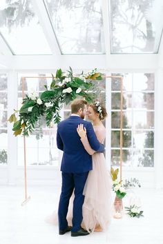 Contemporary Marble + Copper Wedding Inspiration Styled Shoot • Mrs2Be