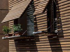 Bracket Design Studios dévoile sa maison Iranienne en caillebotis