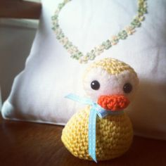 Wubberducky  •  Free tutorial with pictures on how to make a bird plushie in under 120 minutes
