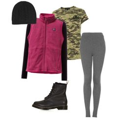 Simple Hiking Outfit