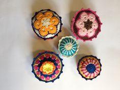 Agulheiros - Crochê - Reciclagem Tampa Vidro  Facebook - O Quintal da Jacque