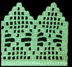The edging in the photo says it is from a pattern found in the web but does not link to it. The chart below is almost identical, only the diamond is 1 row larger and the left border alternates open and filled meshes, whereas on the photo the meshes to the Crochet Trim, Filet Crochet, Easy Crochet, Crochet Lace, Crochet Stitches, Crochet Tablecloth, Crochet Doilies, Crochet Flowers, Crochet Border Patterns