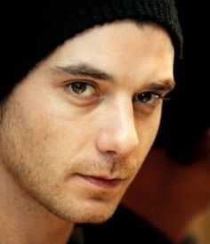 I will never ever ever not love this guy. Gavin Rossdale = holy hotness.