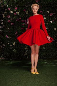 Платье «Аврора» мини красное — 19 990 рублей