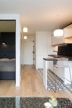 Small Space Design, Small Space Living, Small Spaces, One Bedroom Apartment, Apartment Design, Studio Desing, Plan Studio, Appartement Design Studio, Micro Studio